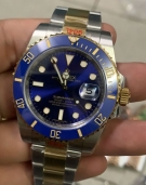 Swiss Rolex Oyster Perpetual Submariner Date Mens Watch 116613LB