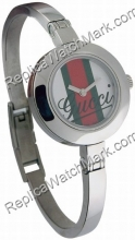Gucci gestreift Dial Bangle Damenuhr YA105518